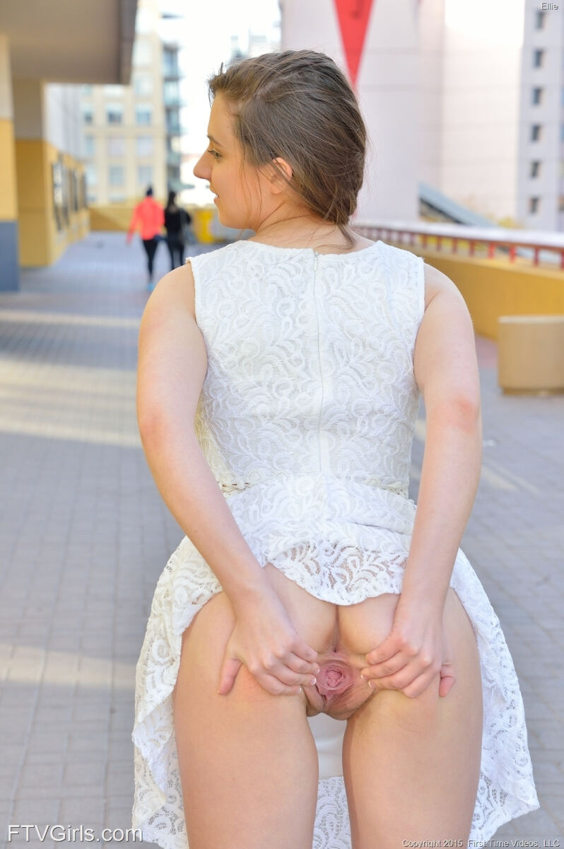 Erotic photos with Ellie: Pretty Teen in White Dress