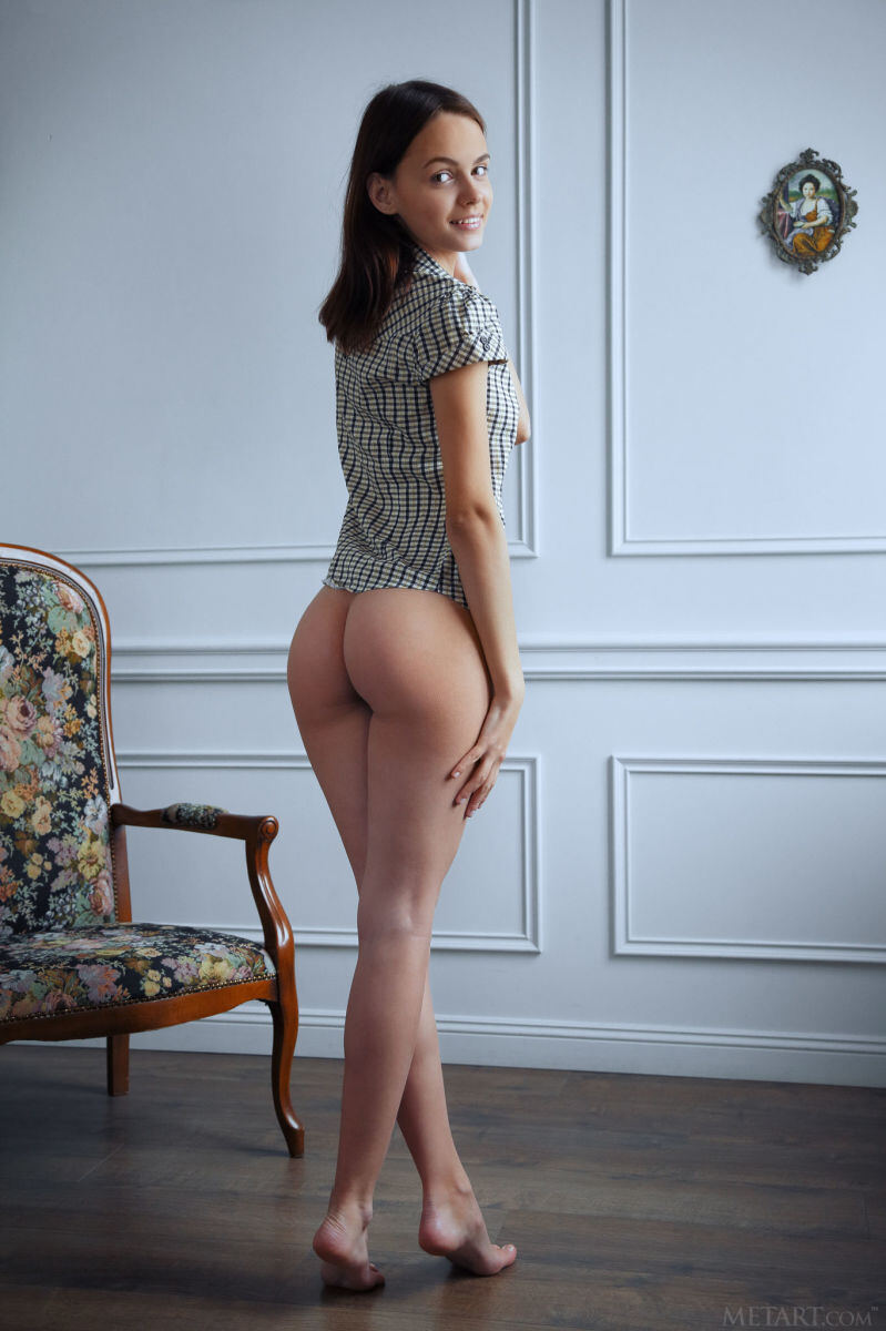 Erotic photos with Lilit A: She Want To Fuck