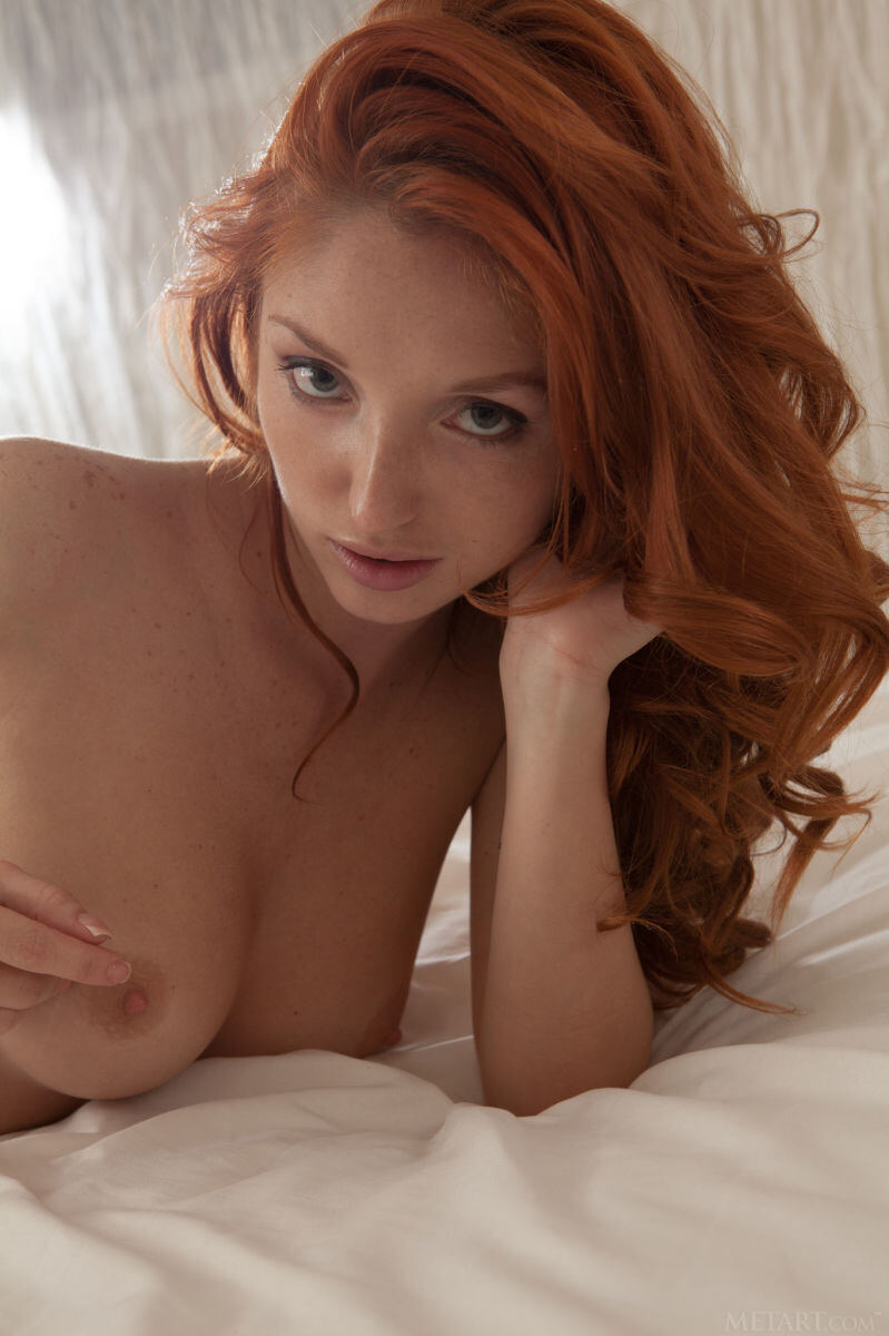 Erotic photos with Michelle H: Erotica with redhead babe