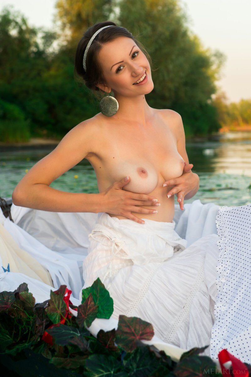 Erotic photos with Shaina A: Nude princess in the boat