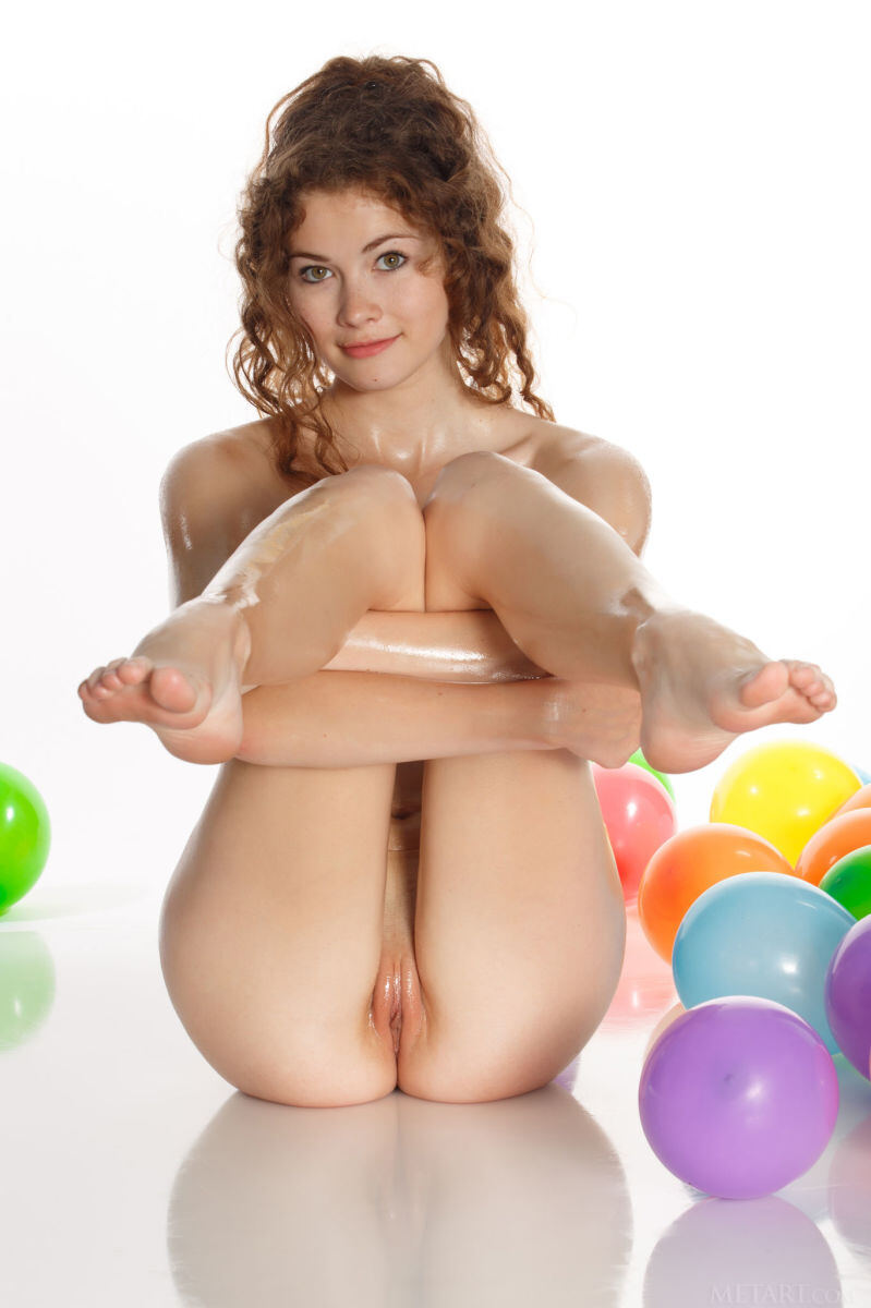 Erotic photos with Adel C: Playing with balls