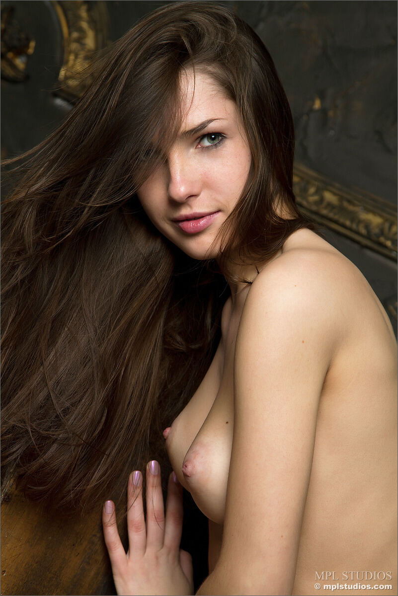 Erotic photos with Yulianna: In black room