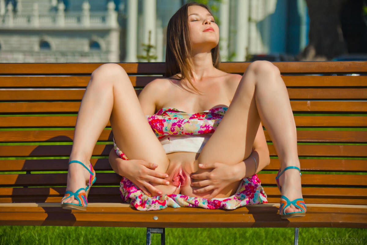 Erotic photos with Nastya K: Hot summer