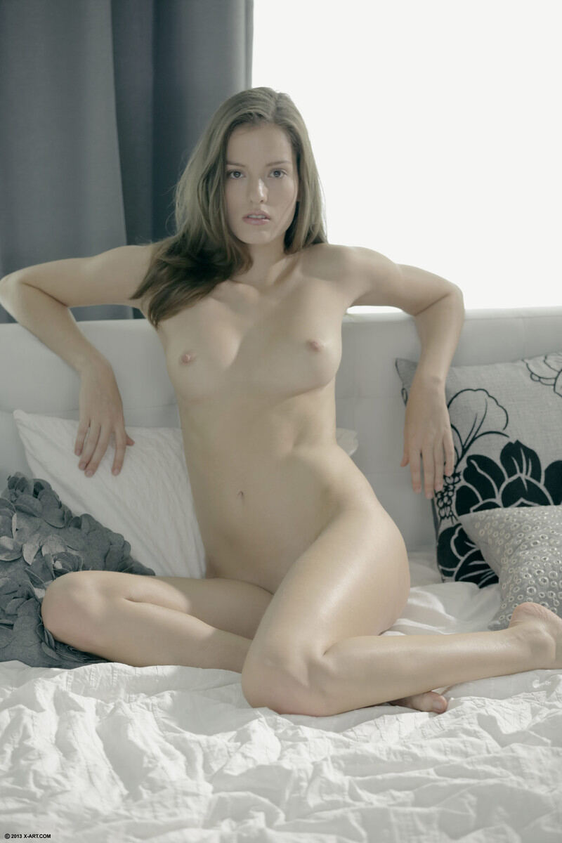 Erotic photos with Naomi: Beautiful Girl