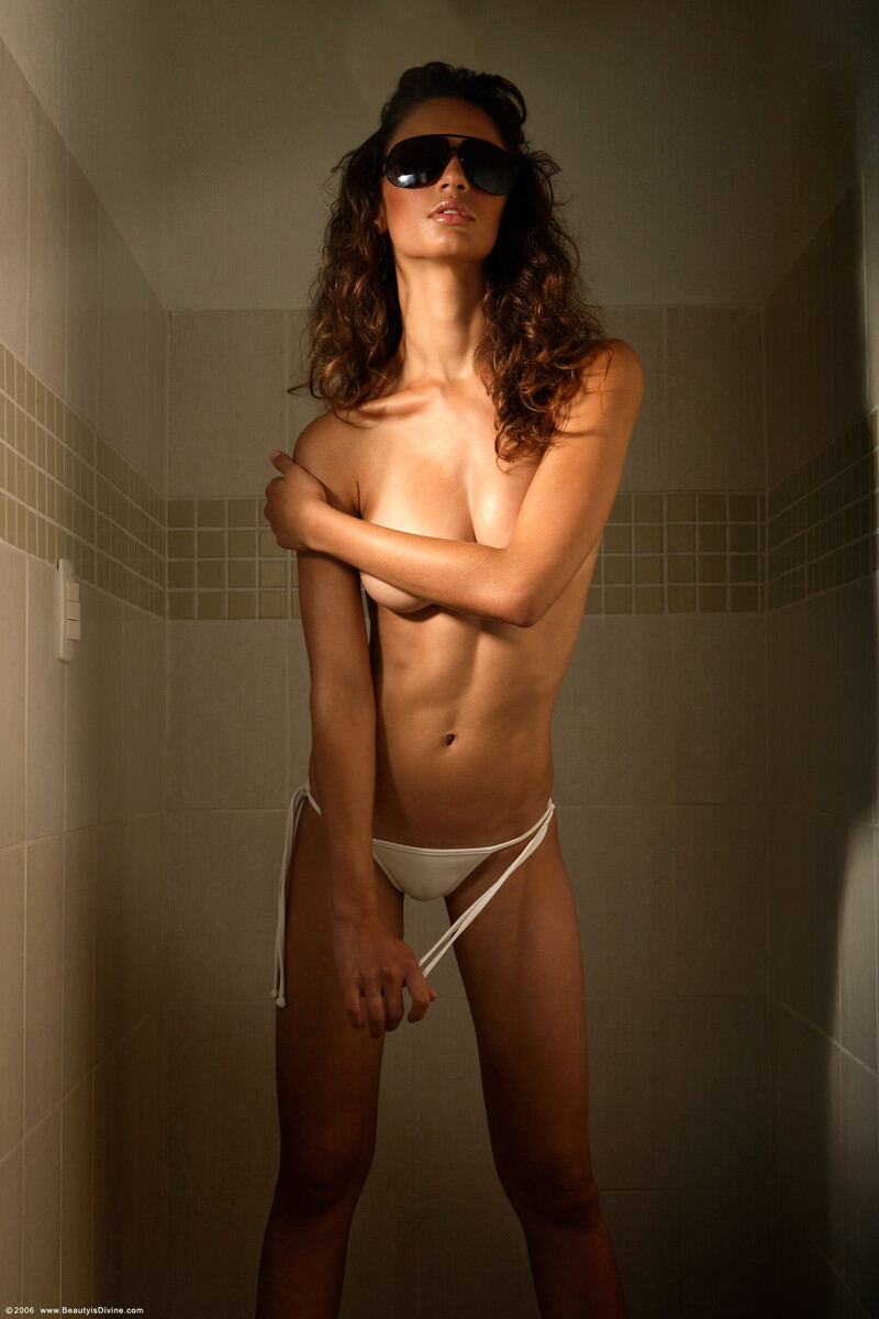 Erotic photos with Gisele: Top Model From Brazil